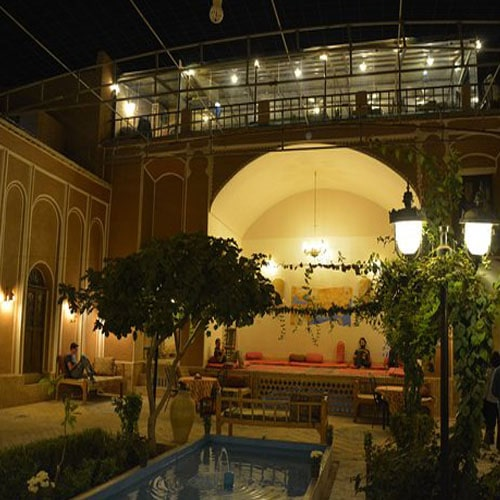 marco polo rooftop restaurant yazd