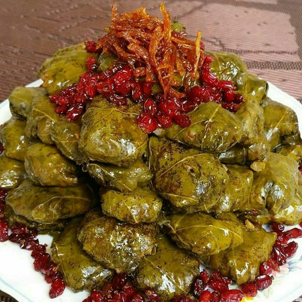 Iranian traditional image of dolmeh barg