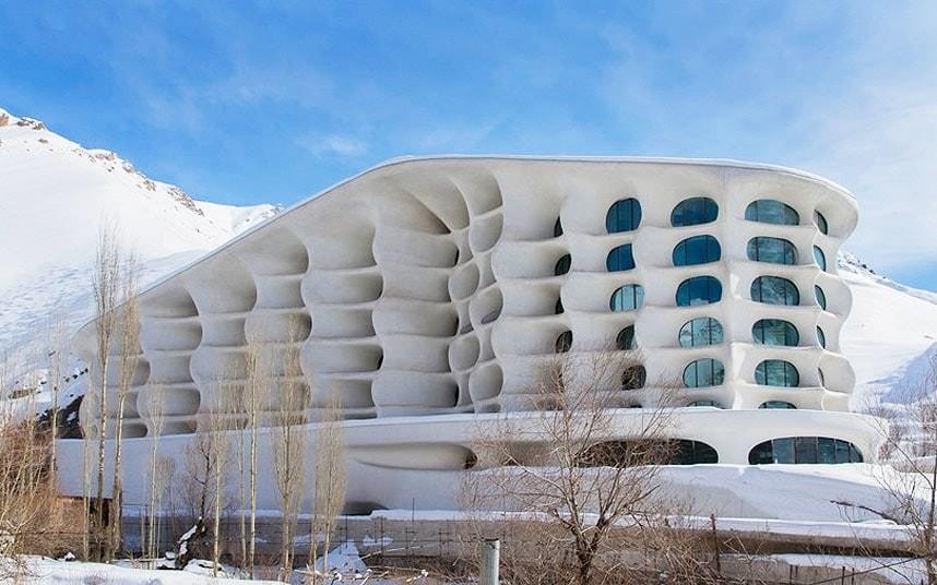 Shemshak ski resort hotel
