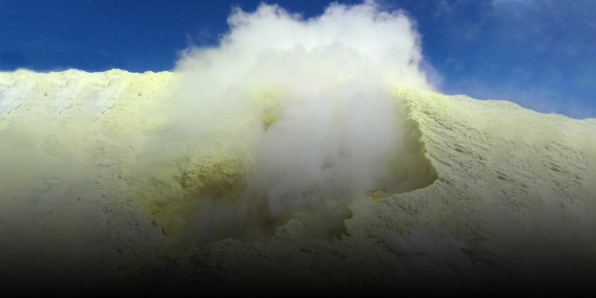 Overview of Volcanoes of Iran - Taftan-min